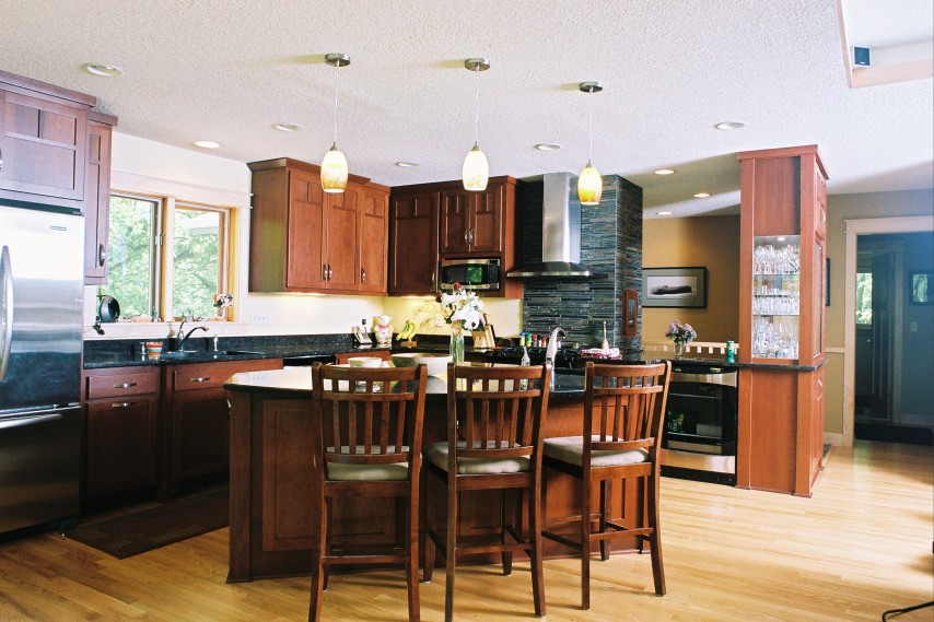 kitchen remodeling, painted cabinets, eat in kitchen, bar island